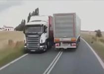 راننده های خوش شانسی که از مرگ جان سالم به در می برند+فیلم